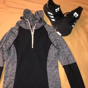 Forever 21 hooded workout half zip!